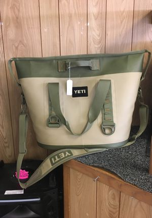 yeti cooler hopper two 30 for Sale in Austin, TX