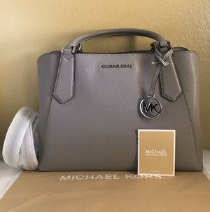 NEW AUTHENTIC Michael Kors Kimberly Large EW Leather Satchel for Sale in Upland, CA