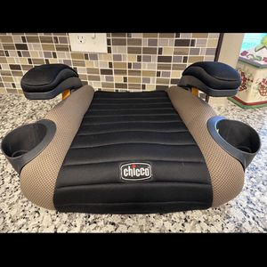 Chico's Children's Booster Car Seat for Sale in Fresno, CA