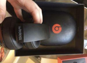 Beats 2 studio wireless Bluetooth headphones (DONT WORK) for Sale in Pico Rivera, CA