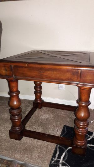 Coffee and side table for Sale in BROOKSIDE VL, TX