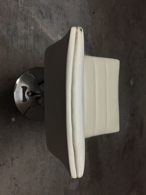 White bar stools for Sale in Miami, FL