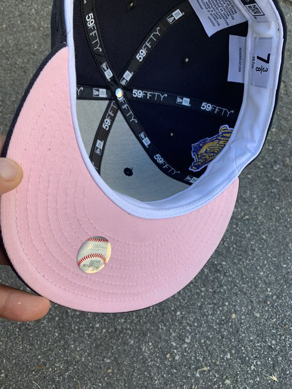 New York Yankees 1996 World Series Pink Bottom Fitted 7 3/8 Hat Club Exclusive Brand New