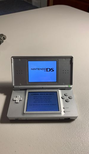 Nintendo DS Lite with 9 games and a DS bag included for Sale in McLean, VA
