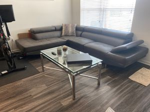 Sofa and coffee table for Sale in Fort Lauderdale, FL