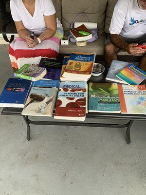 Medical books for Sale in Brandon, FL
