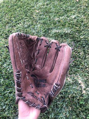 Mizuno Softball Glove for Sale in City of Industry, CA