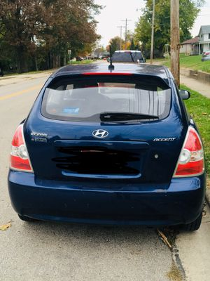 For trade or cash !2010 Hyundai accent for Sale in Circleville, OH