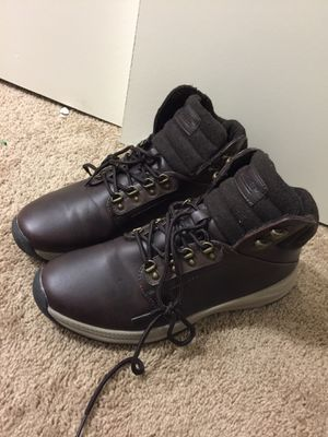 Khombu boots for men's size 11 like new condition price firm $35. for Sale in San Diego, CA
