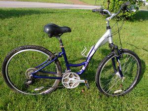 Trek hybrid comfort bike for Sale in Nashville, TN