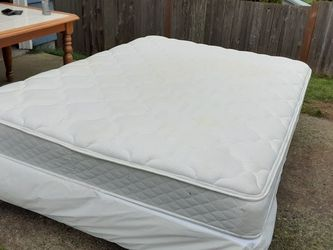 Queen Size Mattress Boxspring & Bed Frame Delivery Is Available for Sale in Everett,  WA