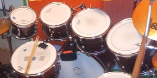 8 Pc PEARL VISION Drum Set with Gabraltor Rack for Sale in Auburn,  WA