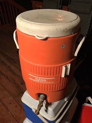 Igloo water cooler with spigot. Can be used for drinks or as a approved hot hand wash station for events that require Health Inspection Permit $20 for Sale in Covington, WA