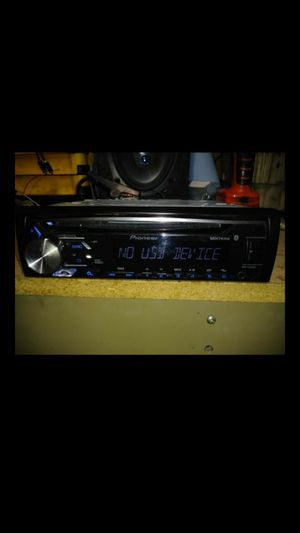 Pioneer DEH-X3910BT CD receiver Bluetooth usb auxiliary loaded!! for Sale in Indianapolis, IN