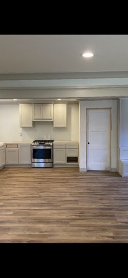 Custom Made Kitchen for Sale in Los Angeles,  CA