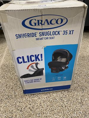 Graco Snuglock 35XT Car Seat for Sale in North Las Vegas, NV