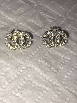 925 EARRINGS PERFECT CONDITION for Sale in Fresno, CA