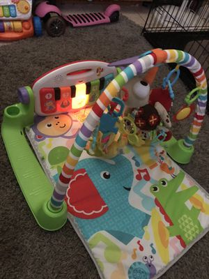 Fisher price kick and play piano gym toy for Sale in Tamarac, FL