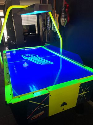 Dynamo Air Hockey Table Free Play Arcade Style for Sale in San Marcos, TX