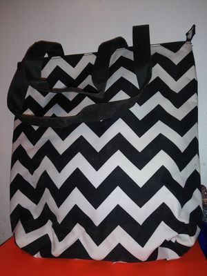 Chevron Print Handbags and Wallet for Sale in Fort Worth, TX