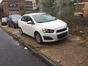 2012 Chevy sonic for Sale in Philadelphia, PA