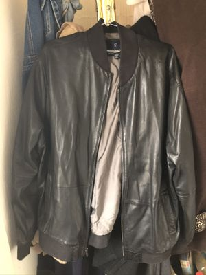 Falconnable Men's Lamb Skin Bomber Jacket Size XXL for Sale in St. Louis, MO