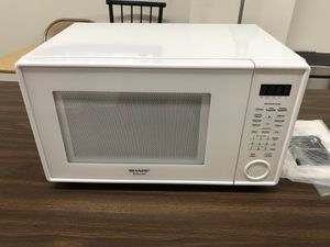 Microwave 1000 watts (NEW) for Sale in Chicago, IL