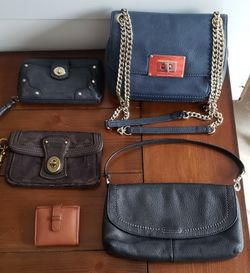 5 Items Coach And Michael Kors Wristlets/ Purse All for $35 for Sale in Hollywood,  FL