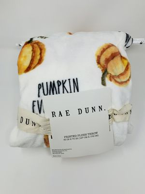 Rae Dunn PUMPKIN EVERYTHING Throw Blanket Thanksgiving Fall Halloween for Sale in Fairfield, CT