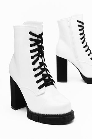 Faux Leather Platform Heel Boots for Sale in Santa Clara, CA
