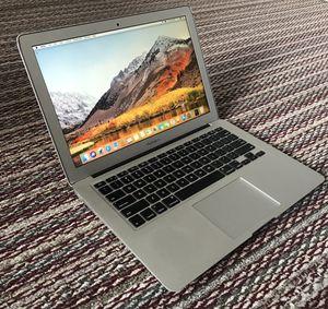 "Macbook Air 2012, 13"" Core i5, 4gb, 128GB HD for Sale in Houston, TX"