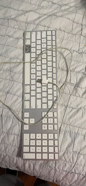 Apple keyboard obo negotiable for Sale in Pflugerville, TX
