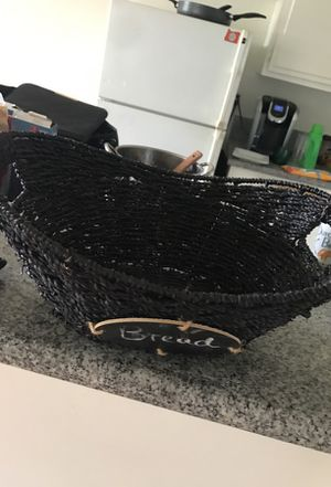 Black basket for Sale in Bend, OR
