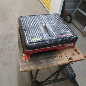 MK 145 Wet Tile Saw for Sale in Graham, WA