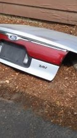 1998-2000 Ford Contour Trunk Lid for Sale in Puyallup,  WA
