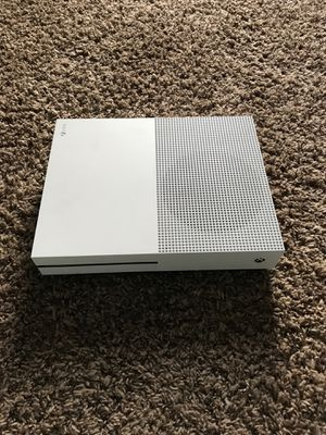 500gb Xbox One (will come with controller and hdmi) for Sale in Evansville, IN