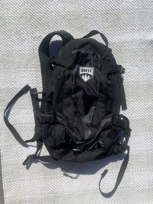 Quest Hiking Backpack Black for Sale in Long Beach, CA
