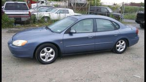 2000 Ford Taurus SES 160k miles runs and drives!!! for Sale in Temple Hills, MD