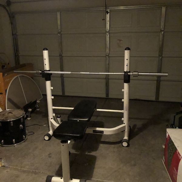 weight bench with olympic bar 45lbs