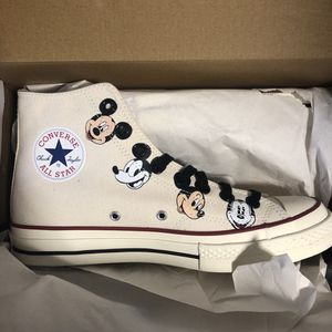 Kith Mickey Mouse Converse 8.5M for Sale in Daly City, CA