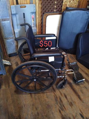 Wheelchair for Sale in Cleveland, OH