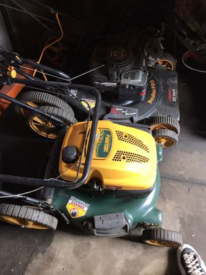 Push lawn mowers for Sale in St. Louis, MO