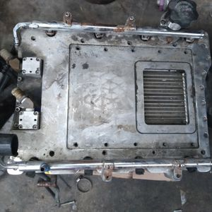 8cyl lower Intake for Sale in Chicago Ridge, IL