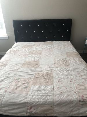 Bed frame with head board for Sale in Vallejo, CA