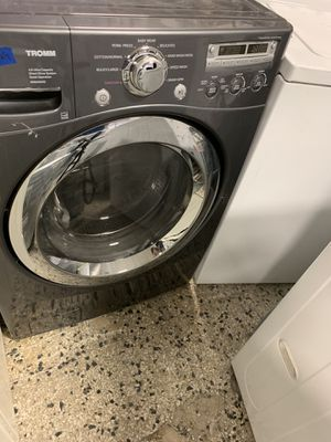 Lg front load washer and kenmore dryer electric with warranty for Sale in Woodbridge, VA