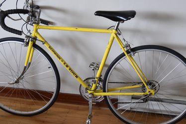 1974 Schwinn Le Tour Road Bike 56 Cm for Sale in Portland,  OR