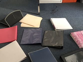 Many Binders for Sale in Cleveland,  OH