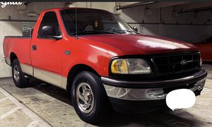 Ford F-150 Pickup XLT for Sale in San Antonio, TX