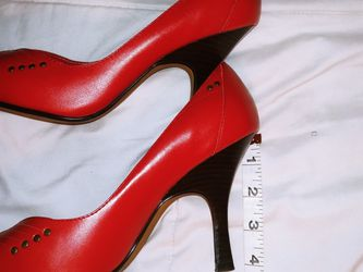 Paola Red Pointy Heel Size 9W for Sale in Washington,  DC