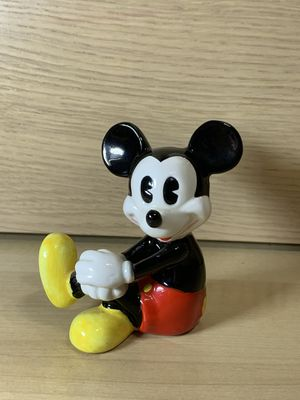 Seated Mickey Mouse figurine Walt Disney character figure Disneyland souvenir for Sale in Los Angeles, CA